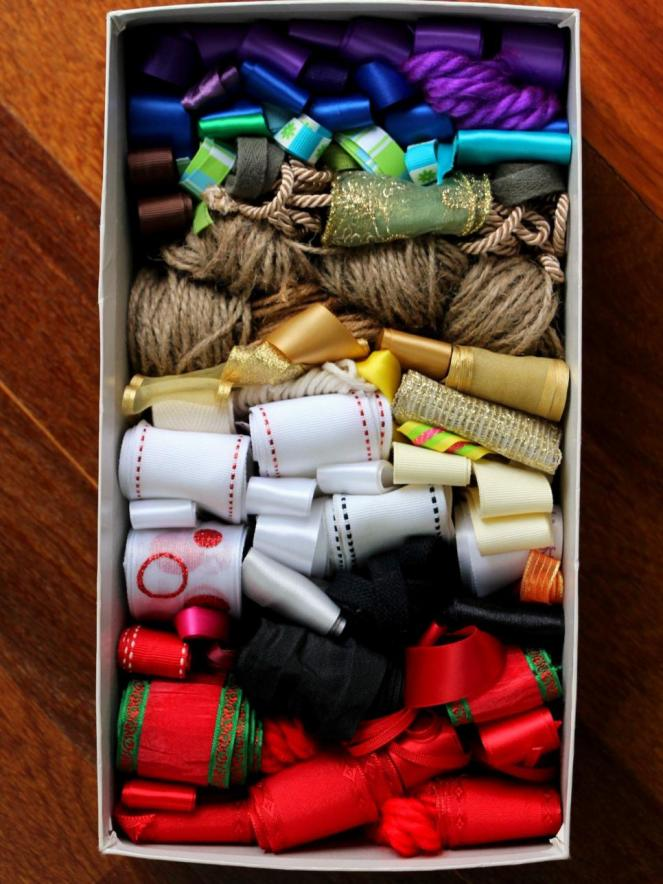 original_jenny-dix-shoebox-ribbon-storage-jpg-rend-hgtvcom-966-1288