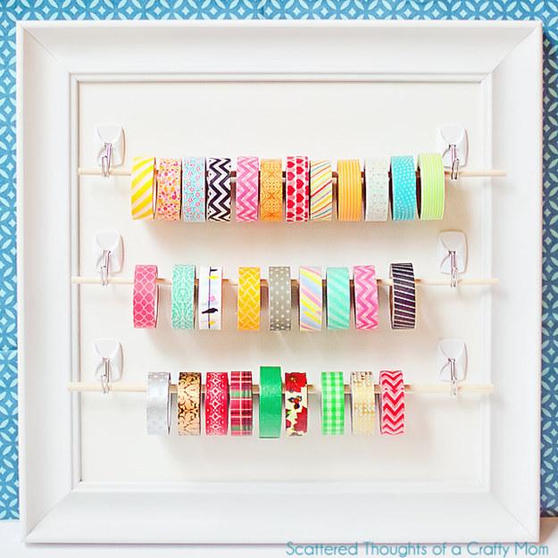 ideias-para-organizar-usando-ganchos-adesivos-7-1